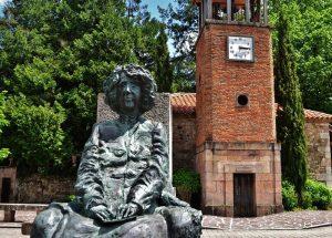 Estatua de Concha Espina, Mazcuerras